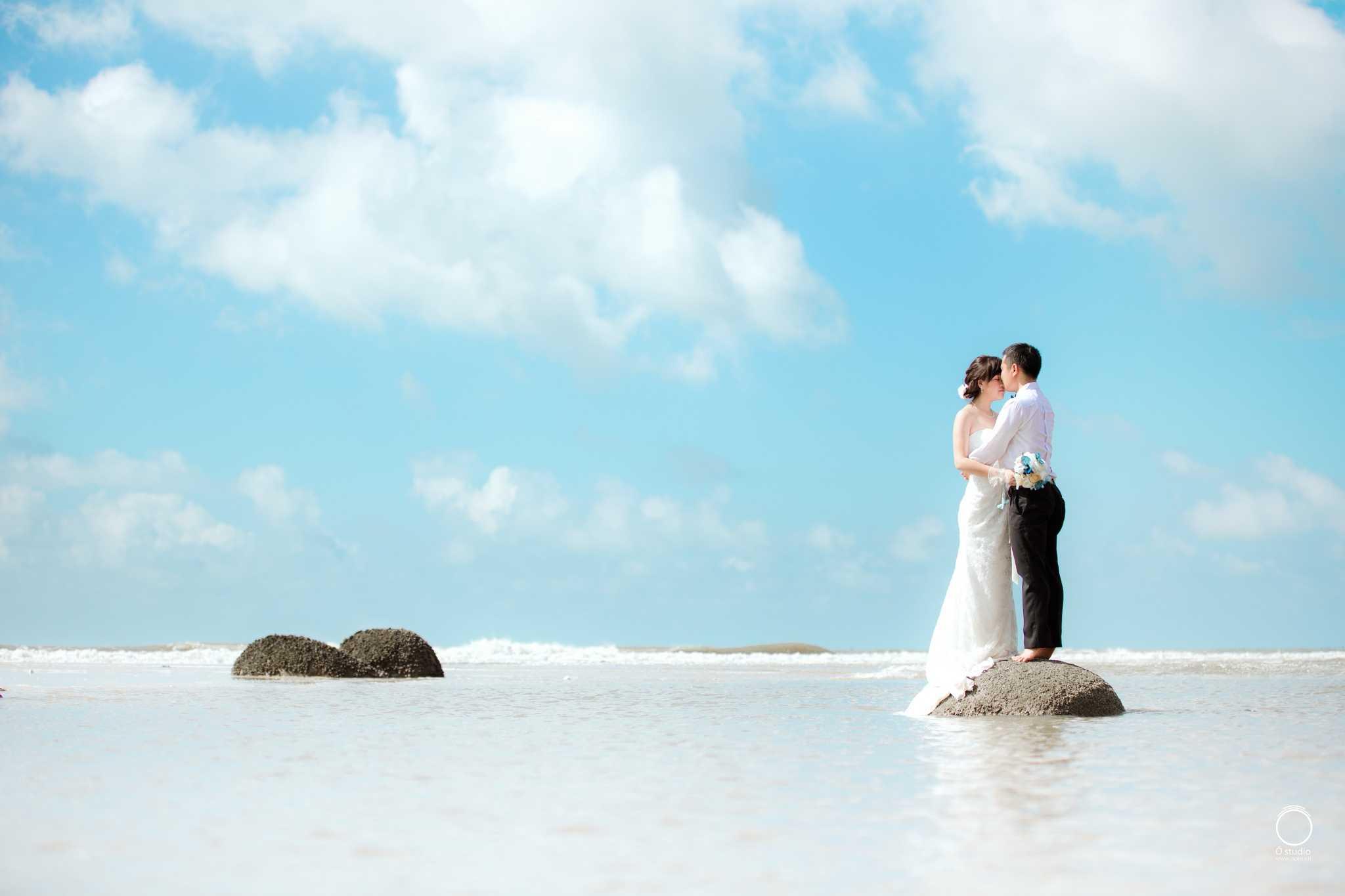 /uploads/images/chup-anh-cuoi-sieu-dep-tai. Hình 1. Chụp ảnh cưới trên bãi biển đẹp ...